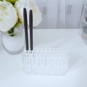 Acrylic lip liner holder
